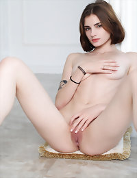 CASTING Tanya