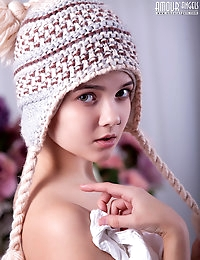 A flawless twat cute girl naked