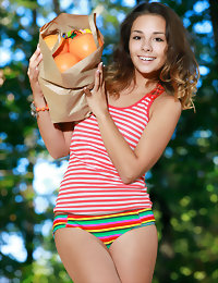 Fruit be advisable for lust hot teenage models