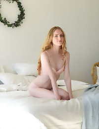 Perfect doll fully naked