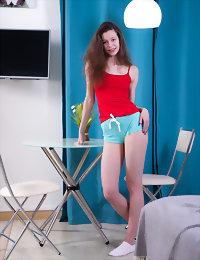 Delicious brunette posing xxx teens gallery