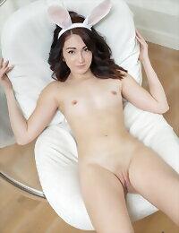 Amazing brunette